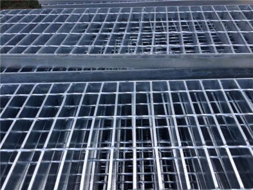 冷镀锌格栅板