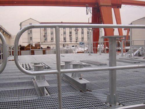栈桥钢格板