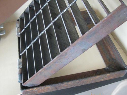 防盗沟盖板