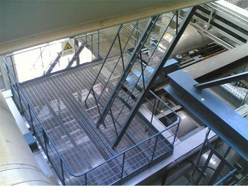 楼梯踏步钢格板