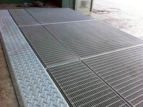 平台热浸锌钢格栅
