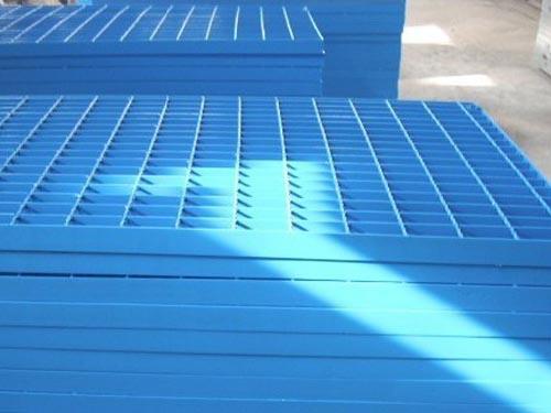 喷塑钢格板