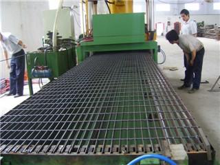 钢格板机制车间