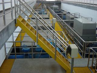 工厂楼梯踏步板钢梯工程